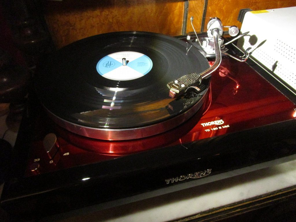 Modified Thorens TD160 with SME 3009 and Van den Hul MC Two cartridge, with a test record